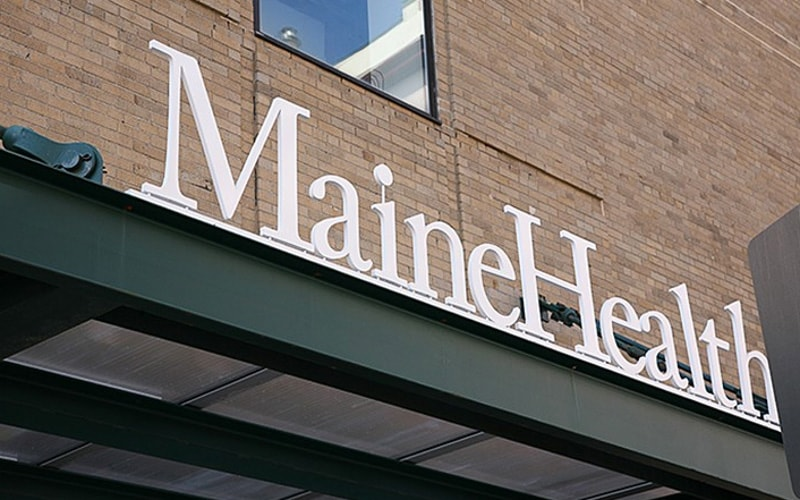 Painted Cast Aluminum Letters with Bottom Stud Mount for health care hospital outside