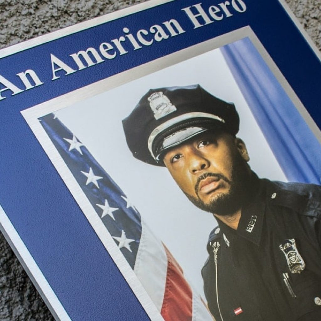Brushed Cast Aluminum commemorative Metal Plaque with full color portrait image for police officer