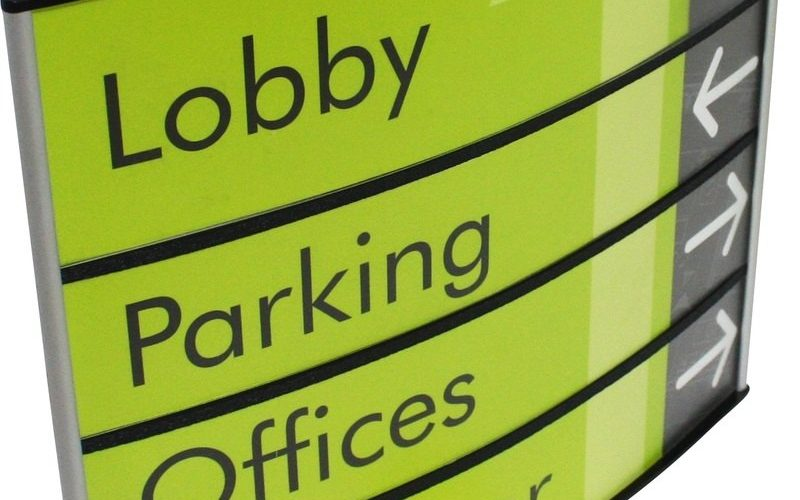 curved wall directional wayfiniding sign for lobby