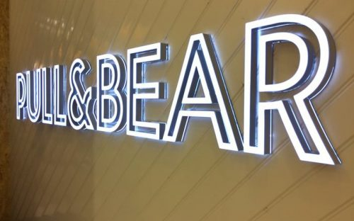 front lit acrylic letters bright white LEDs with silver edge for pull & bear retail storefront